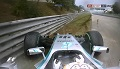GP Węgier 2014 - Hamilton obraca bolid po starcie