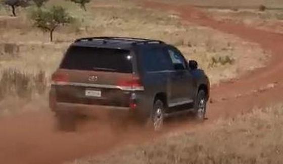 Toyota Land Cruiser w szczeg�owym te�cie