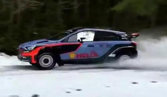 Dani Sordo testuje i20 WRC przed Rajdem Szwecji 2016