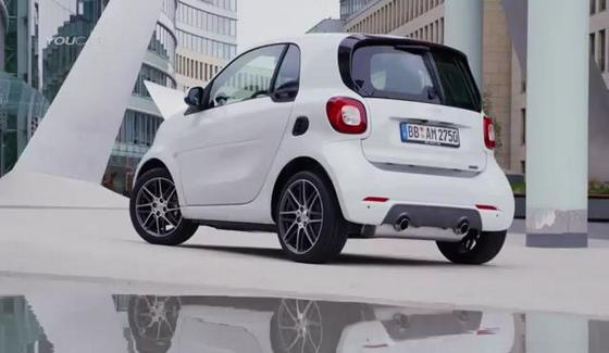 Smart Brabus Fortwo - maluch na sterydach