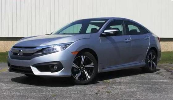 Honda Civic Touring - kr�tki test nowego modelu