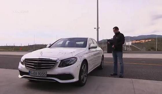 Mercedes E-Class i systemy automatycznego parkowania