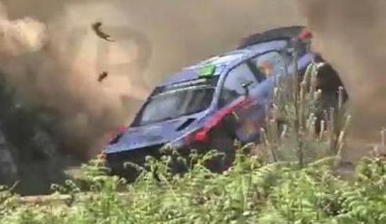 Rajd Portugalii 2016 - wypadek Paddona