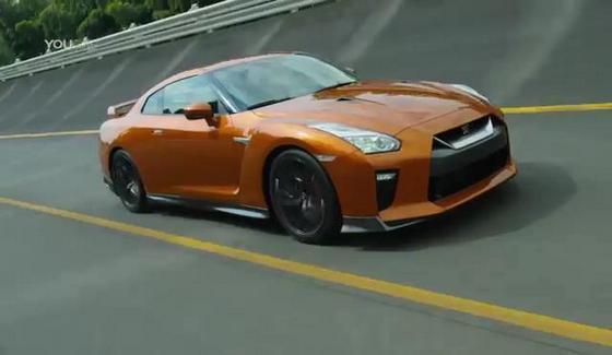 Nissan GT-R na torze testowym