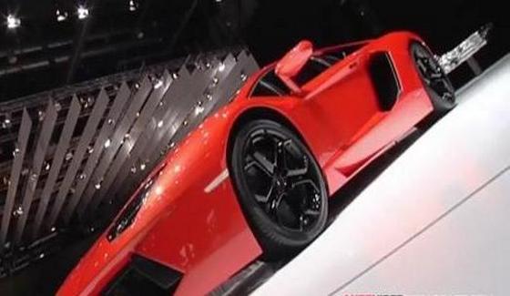 Lamborghini Aventador LP 700-4 w pe�nej okaza�o�ci