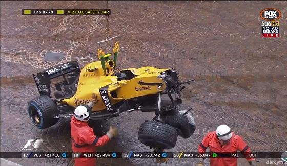 GP Monako 2016 - wypadek Palmera po restarcie